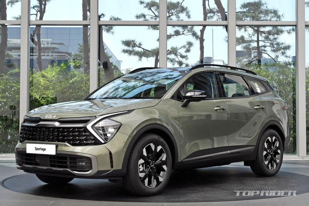 Kia Sportage 2022 được trưng bày tại đại lý ở Hàn Quốc