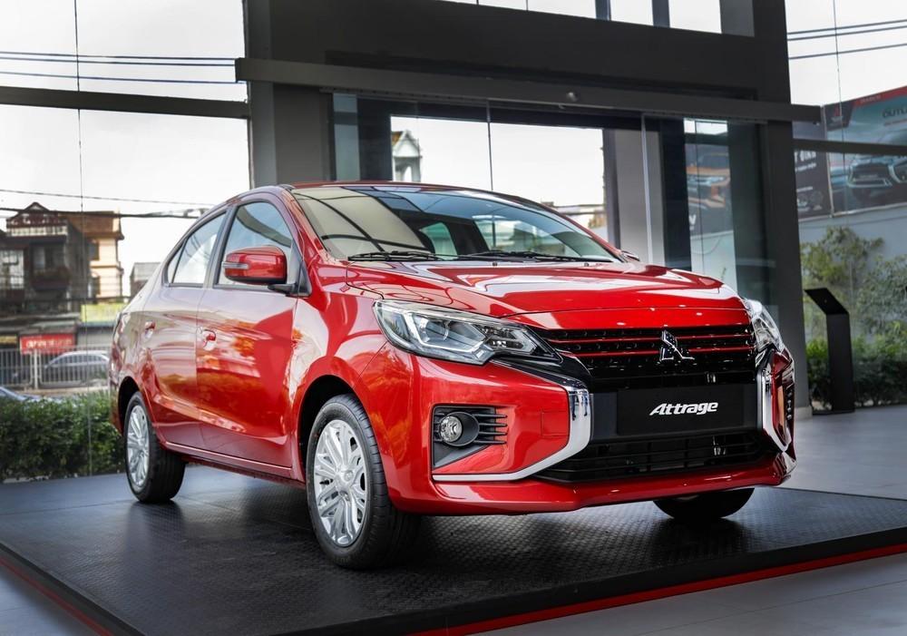 Mitsubishi Attrage 2021 bản nâng cấp với nhiều chi tiết cải tiến đáng chú ý.