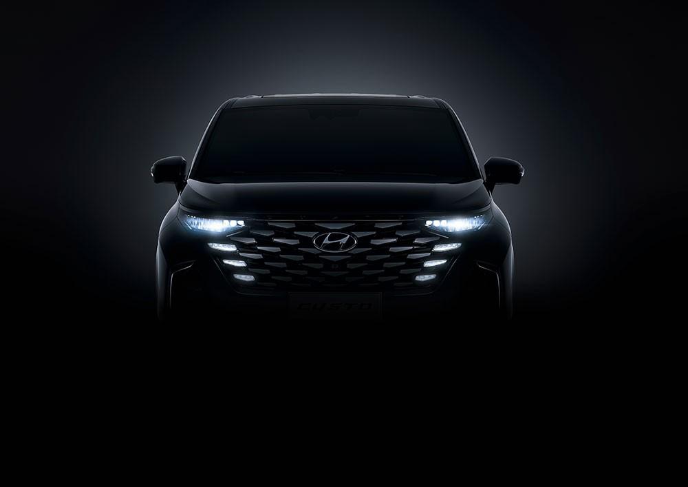 Thiết kế đầu xe của Hyundai Custo 2021