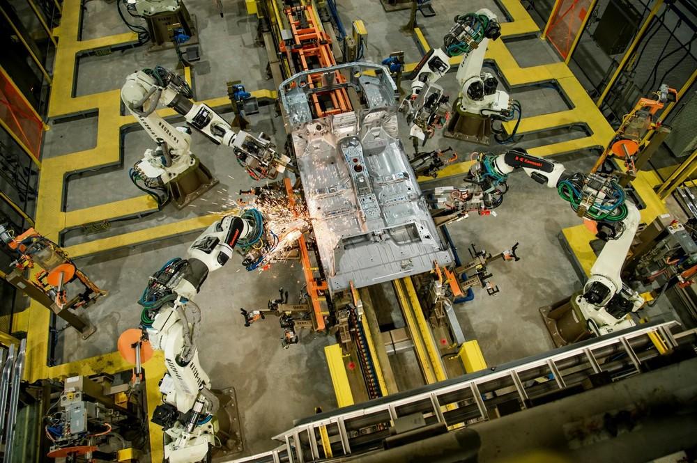 Dây chuyền lắp ráp Ford Ranger tại Hải Dương đáp ứng đủ theo quy chuẩn toàn cầu với tỉ lệ tự động hóa lên tới 90%.
