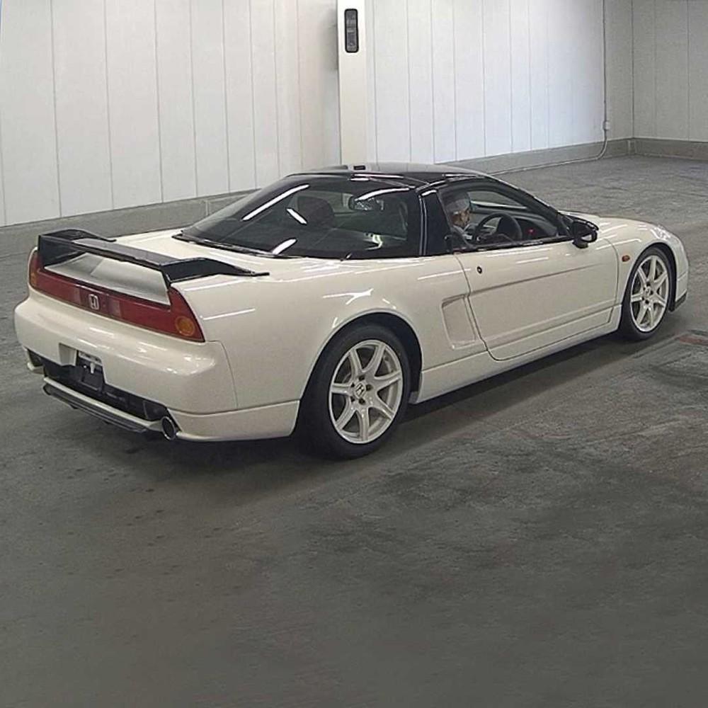 Honda NSX Type R đời cũ có nhiều bộ phận bằng sợi carbon