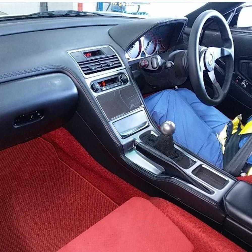 Nội thất trông vẫn còn khá mới của chiếc Honda NSX Type R