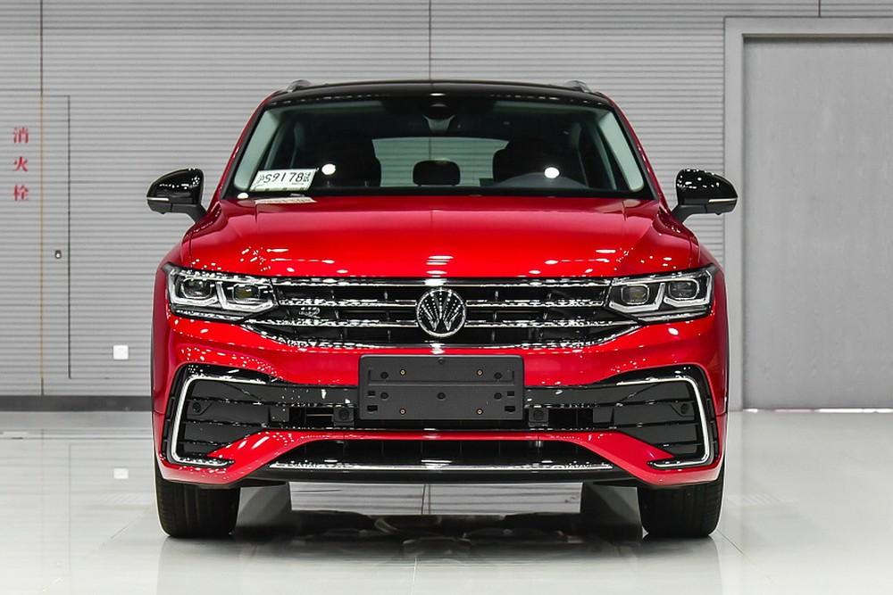 Cận cảnh đầu xe của Volkswagen Tiguan X