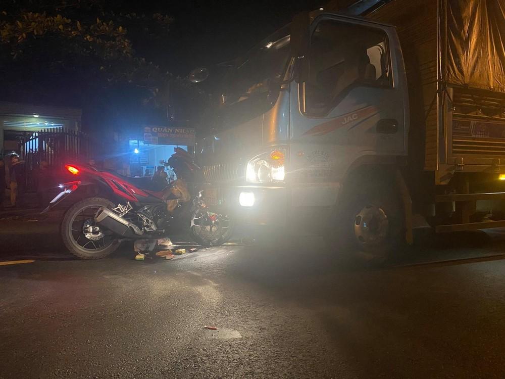 Vụ tai nạn khiến 2 phương tiện hư hỏng, người điều khiển xe máy bị thương