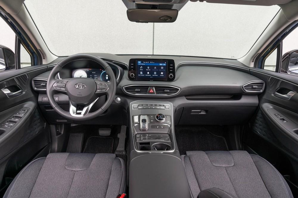 Nội thất bên trong Hyundai Santa Fe XRT 2022