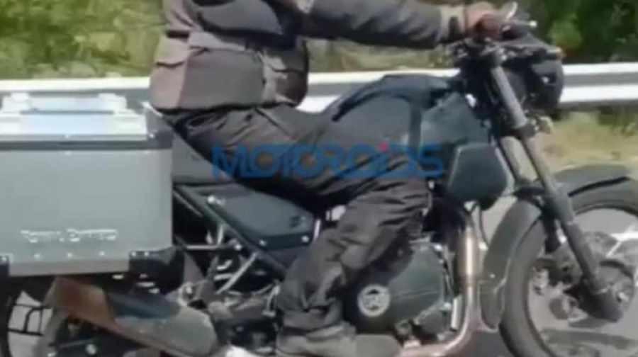Hình ảnh mẫu xe mới được thử nghiệm trên đường phố Ấn Độ