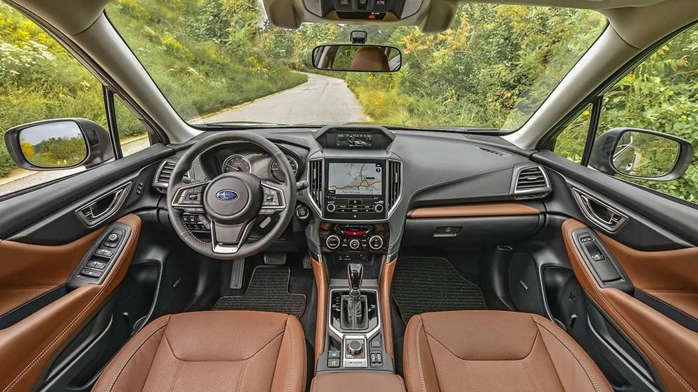Subaru Forester là mẫu xe được tạp chí Consumer Reports đánh giá rất cao về tầm nhìn