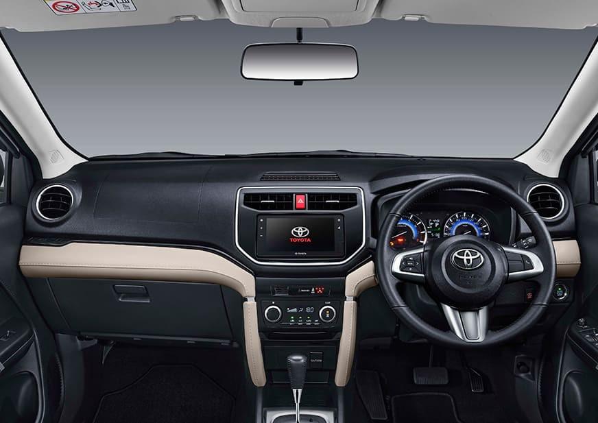 Nội thất bên trong Toyota Rush GR Sport 2022