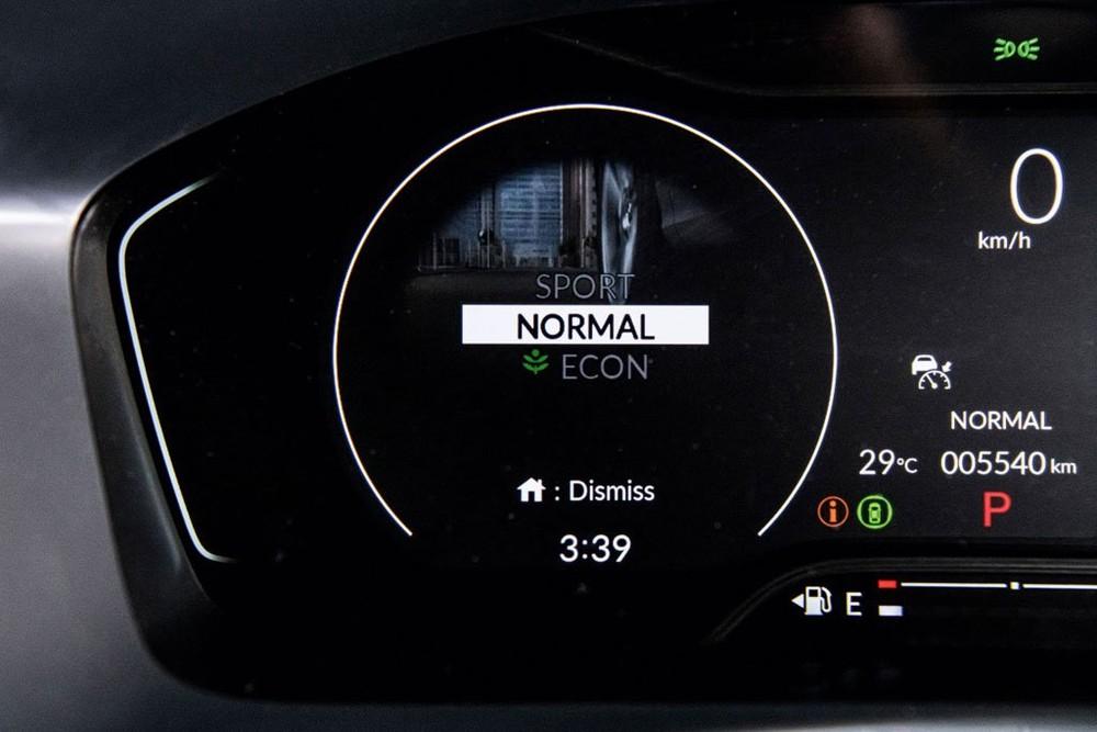 Honda Civic 2022 ở Singapore có chế độ ECON