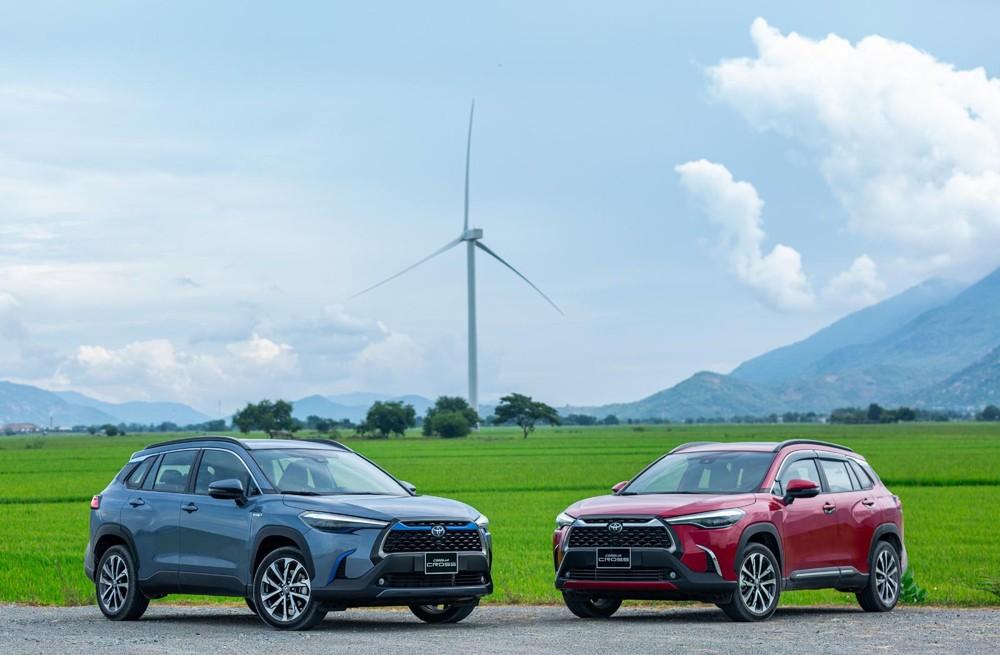 Toyota Corolla Cross hiện đang được nhập khẩu nguyên chiếc từ Thái Lan với 3 phiên bản.