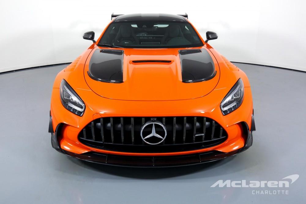 Siêu xe Mercedes-AMG GT Black Series của đại lý McLaren Charlotte đang tìm khách hàng chịu chơi