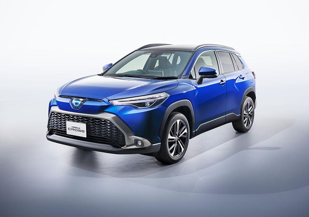 Cận cảnh thiết kế đầu xe của Toyota Corolla Cross 2021 dành cho Nhật Bản