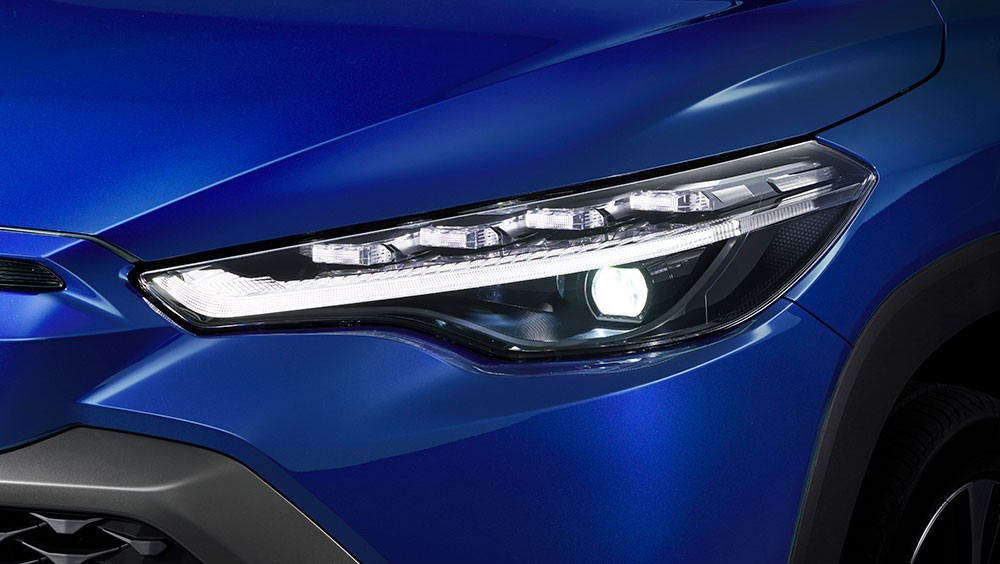Đèn pha của Toyota Corolla Cross 2021 bản cao cấp nhất
