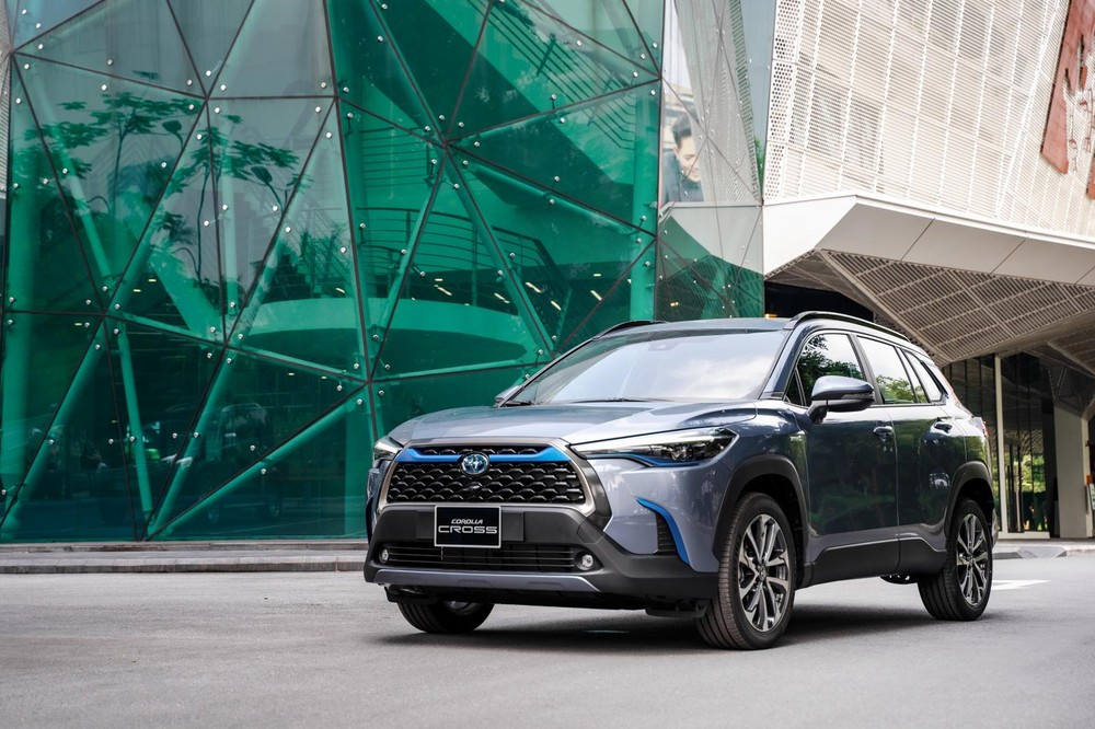 Toyota Corolla Cross là mẫu xe nhập khẩu duy nhất trên bảng xếp hạng 10 mẫu ô tô bán chạy nhất Việt Nam tháng 8/2021.