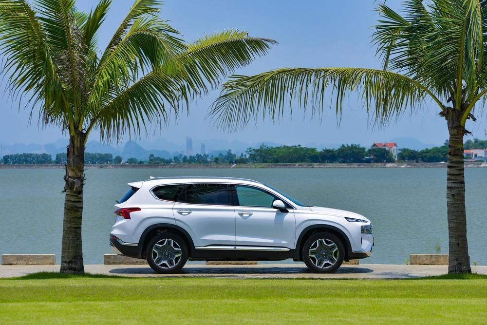 Vận hành của Hyundai Santa Fe vẫn luôn được nhiều khách hàng đánh giá cao.