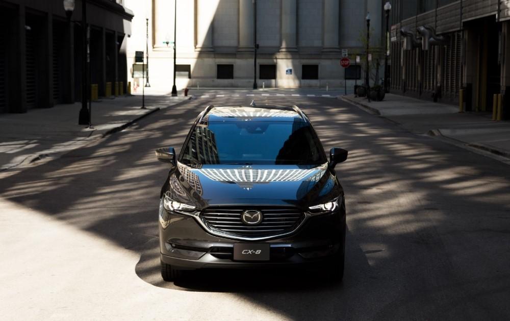 Mazda CX-8 chưa thực sự hút khách tại Việt Nam dù cho đây là một mẫu xe đẹp, tiện nghi vànhiều tính năng an toàn.
