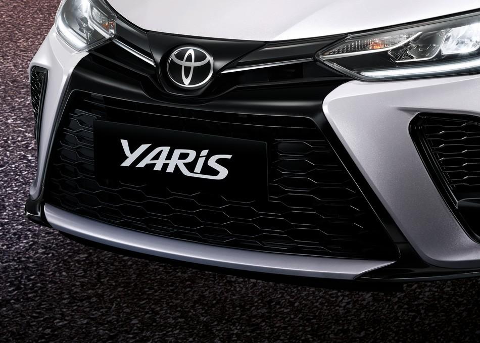 Cận cảnh đầu xe của Toyota Yaris 2021