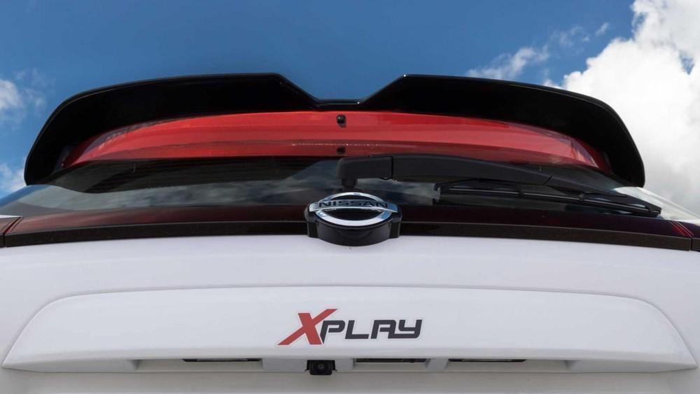 Logo XPlay trên cửa cốp sau của Nissan Kicks XPlay 2022