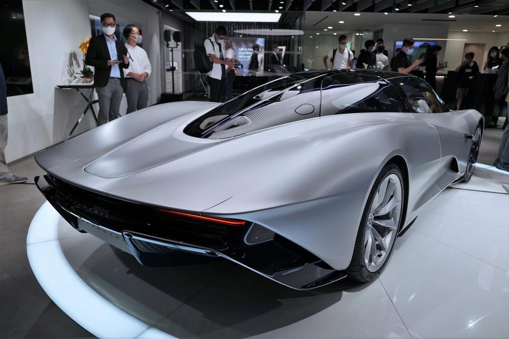 Đây là 1 trong 6 chiếc McLaren Speedtail XP ở thế giới