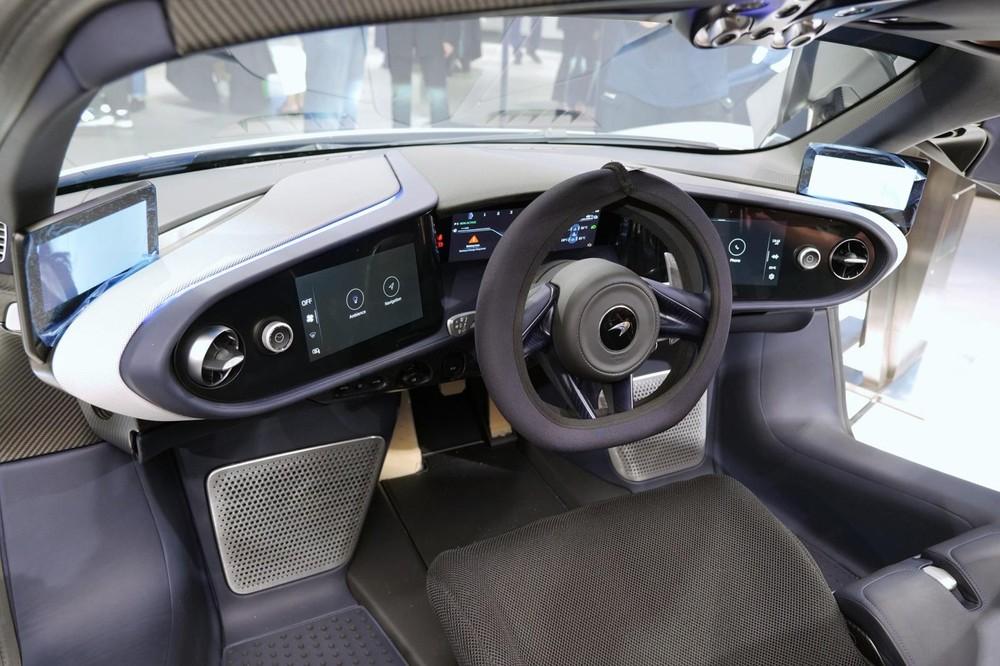 Cận cảnh khoang lái của McLaren Speedtail XP