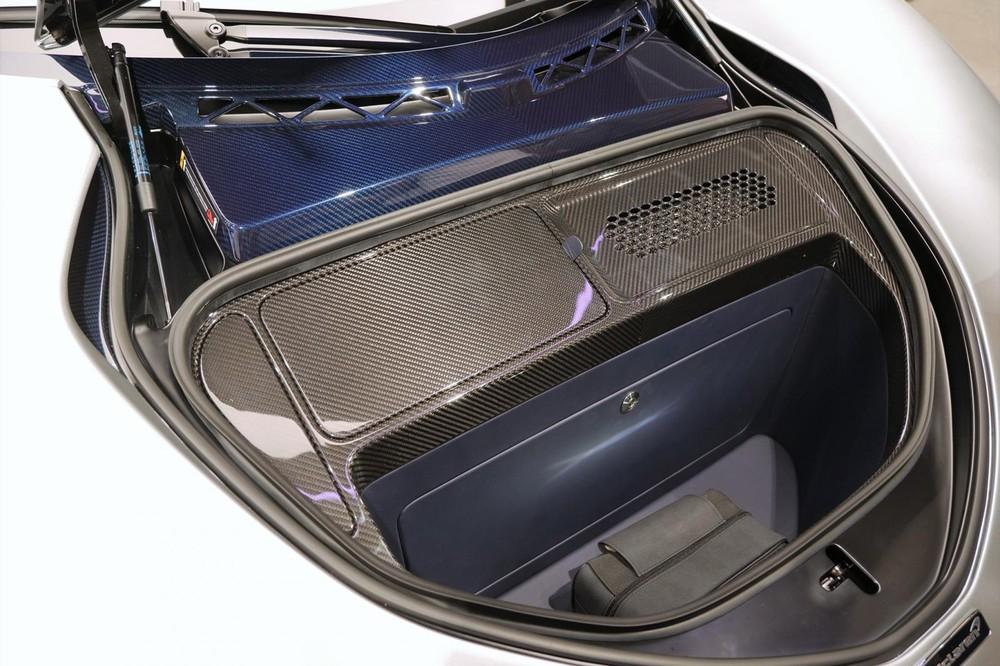 Khoang hành lý của xe khá nhỏ