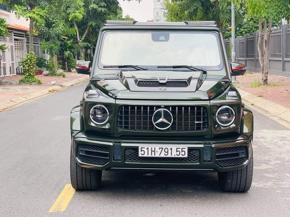 Một người yêu xe ở Sài thành nhanh chóng tậu chiếc xe SUV hạng sang Mercedes-AMG G63 mà mình mê đã lâu