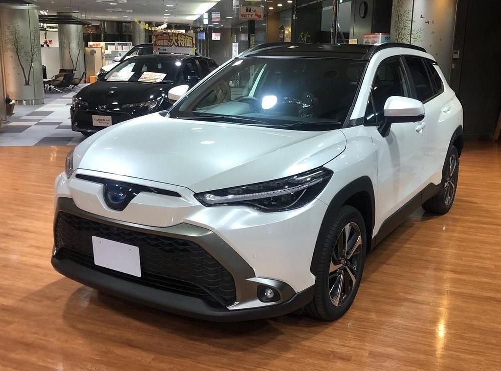 Toyota Corolla Cross 2021 ở Nhật Bản cũng có 2 tùy chọn động cơ như xe ở Việt Nam