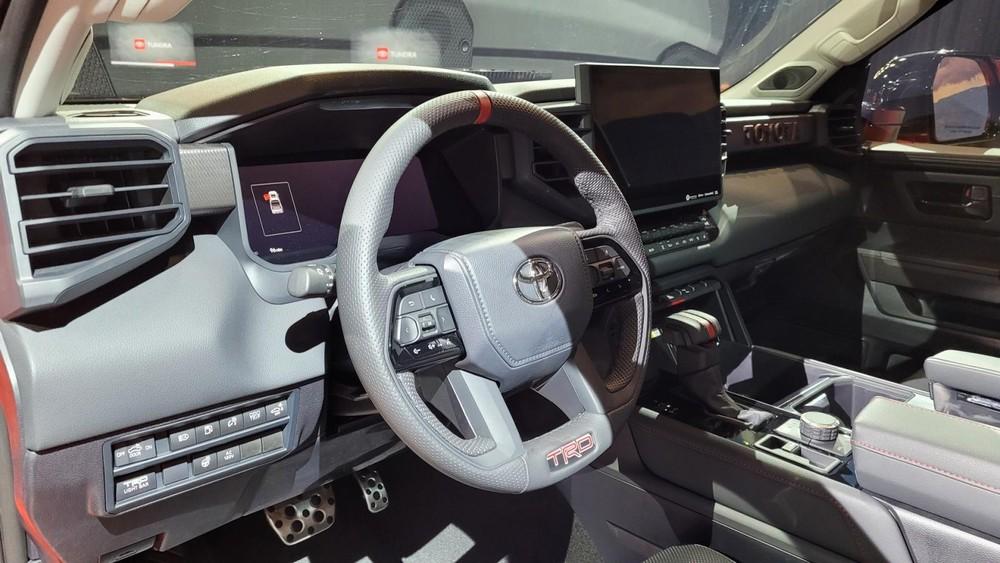 Nội thất của Toyota Tundra TRD Pro 2022