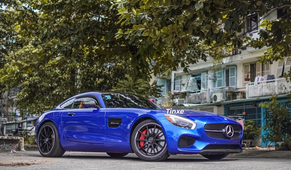 Mercedes-AMG GT S được trang bị động cơ V8, tăng áp kép, dung tích 4,0 lít