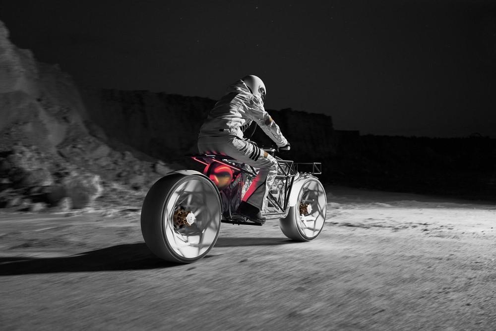 Nó được hình dung là một chiếc mô tô khám phá Mặt Trăng