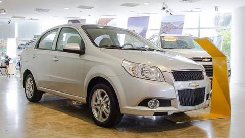 Chevrolet Aveo giảm giá kịch sàn xuống mức 379 triệu đồng