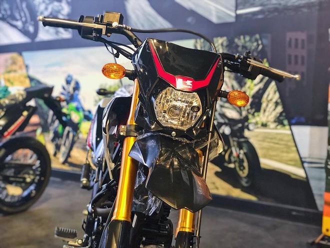 Đầu đèn Kawasaki D-Tracker 150 2018