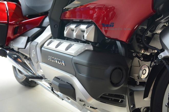 Trang bị động cơ xe Honda Gold Wing