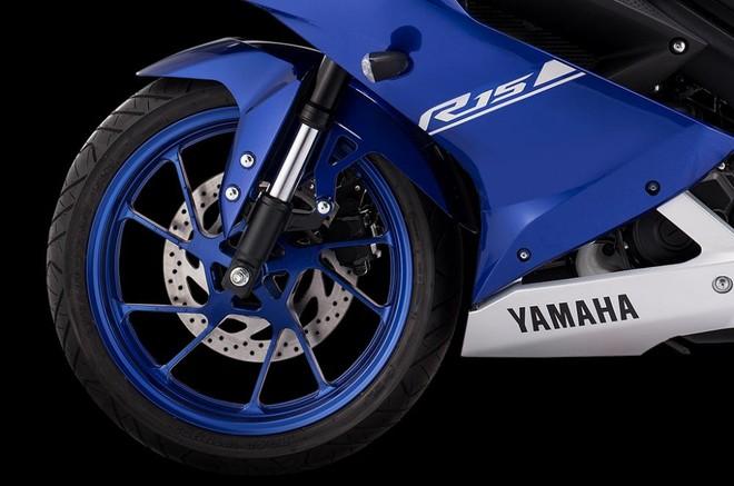 Trang bị bánh xe Yamaha R15