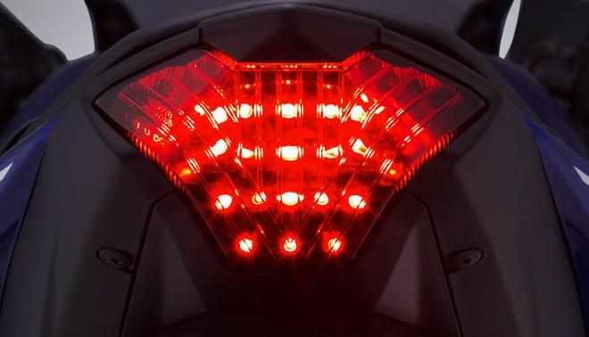 Thiết kế đuôi xe Yamaha R3