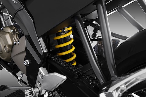Trang bị hệ thống treo sau trên Yamaha FZ150i
