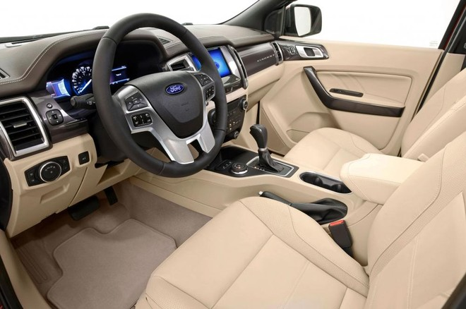 Thiết kế nội thất của Ford Everest