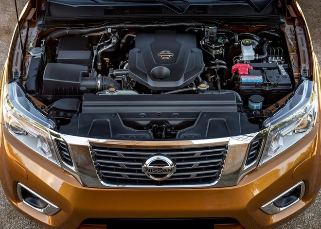 Trang bị động cơ Nissan Navara