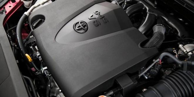 Trang bị động cơ Toyota Camry