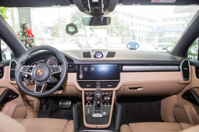 Thiết kế nội thất Porsche Cayenne