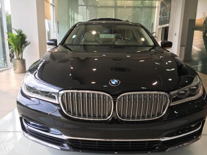 BMW 740Li 2018 có mặt tại đại lý