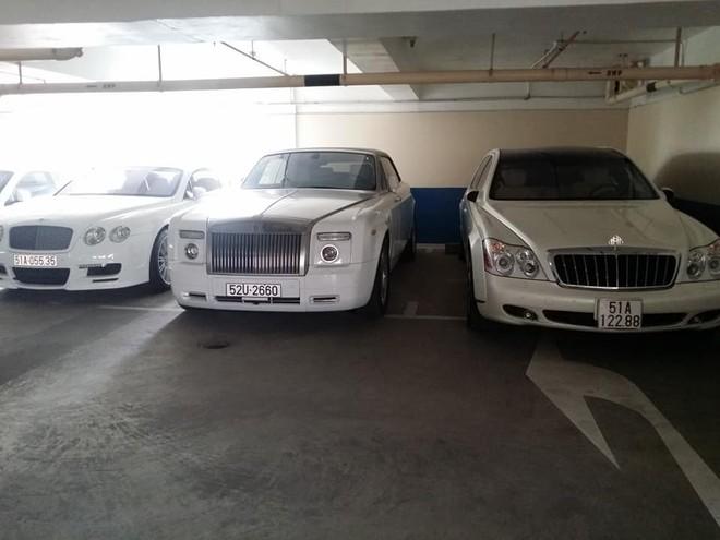 Dàn xe siêu xe sang cực khủng trong căn hầm đỗ xe ở Sài thành
