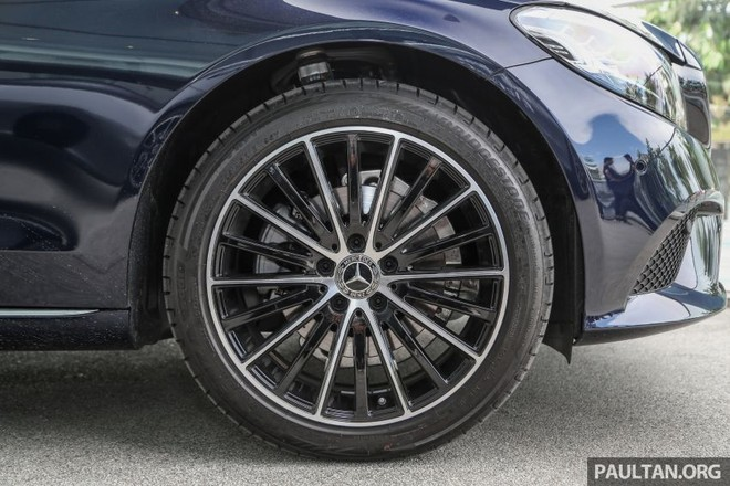 Bộ vành 18 inch của Mercedes-Benz C200 Avantgarde 2019
