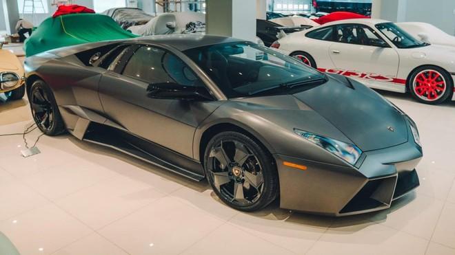 1 trong 20 chiếc Lamborghini Reventon trên thế giới cũng góp mặt trong garage này