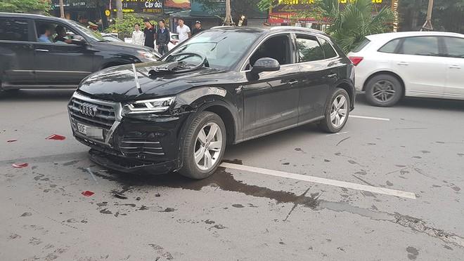 Vụ tai nạn liên hoàn khiến 2 người bị thương nhưng rất may là không quá nặng