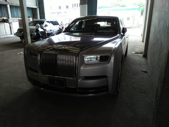 Rolls-Royce Phantom thế hệ thứ 8 chuẩn bị ra mắt Việt Nam đã có chiếc thứ 5 xuất hiện ở Campuchia