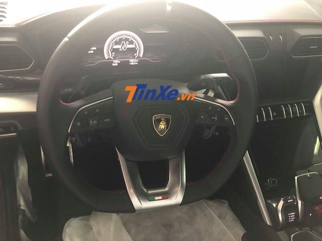 Vô lăng thể thao của Lamborghini Urus