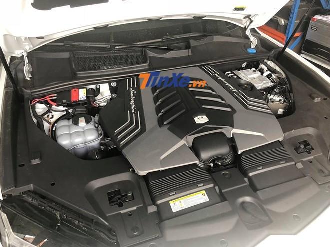 Lamborghini Urus được trang bị động cơ xăng V8, tăng áp kép