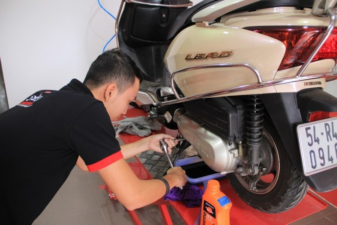 Xe máy xăng cần được bảo dưỡng và sửa chữa thường xuyên