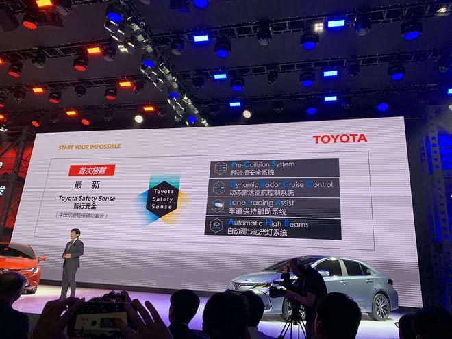 Các hệ thống an toàn hiện đại hơn trước của Toyota Corolla Altis 2019